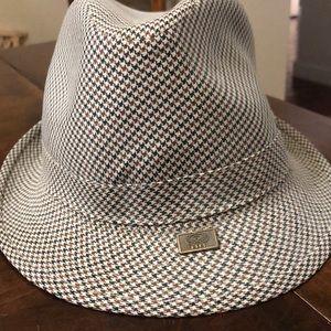Stunning men's hat